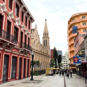 Onde ficar em Curitiba: melhores bairros, lugares e hotéis