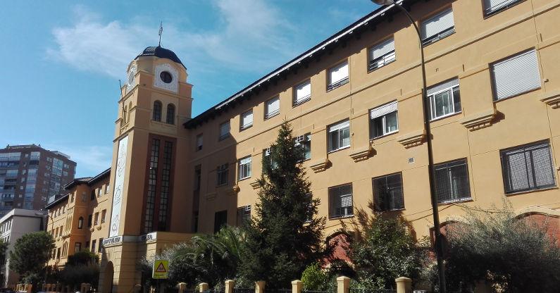 Colegio vista exterior