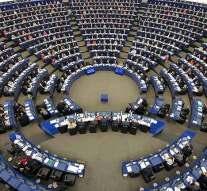 Los autores europeos reclaman protección de los derechos de autor en Internet