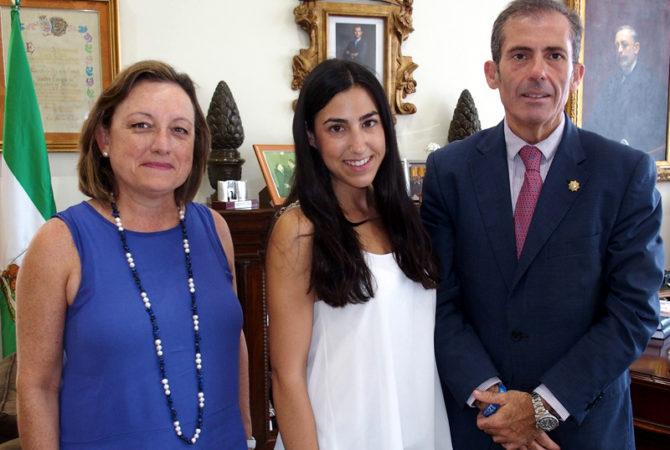 Málaga Acoge premia la labor del Colegio de Abogados de Málaga