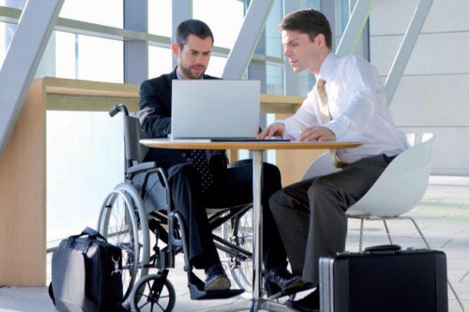 TJUE advierte contra la discriminación a los discapacitados por absentismo laboral