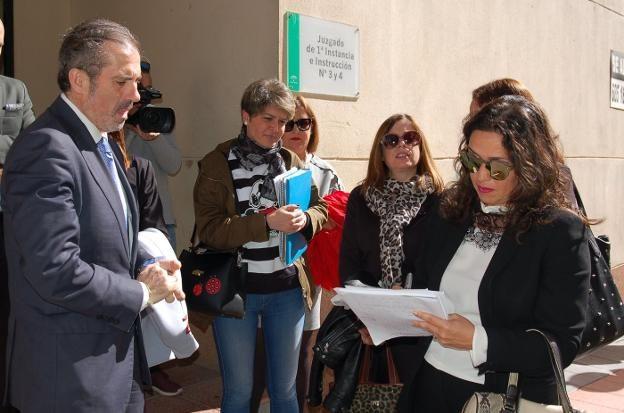 Ayuntamiento Estepona apoya campaña del Icamalaga para una sede Judicial digna