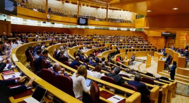 Senado aprueba moción sobre control de toma de decisiones en clínicas dentales