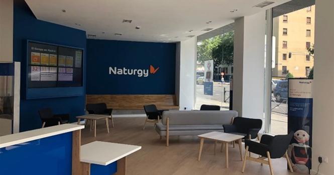 Naturgy es la primera energética que deja de vender puerta a puerta