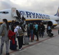 Abogados piden mantener reglamento europeo de viajeros