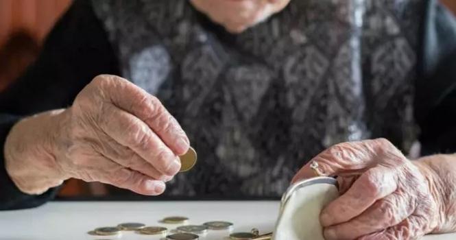 Viuda víctima de abusos no recibirá pensión de su pareja