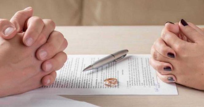 Las separaciones y divorcios se reducen por el parón judicial