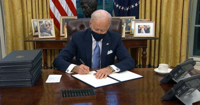 Biden y su marca de decretos sin precedentes