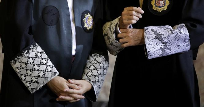 Asociaciones de jueces instan al CGPJ a defender la Constitución