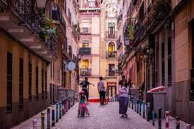 La agresión homófoba denunciada en el barrio de Malasaña fue inventada por el joven y las lesiones fueron consentidas