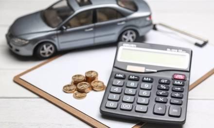 ¿Me puedo desgravar los gastos del coche?