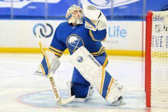 Linus Ullmark earns emotional win, helps Sabres beat Capitals | Buffalo Hockey Beat
