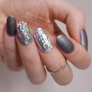 diamond nails - holo grey gel