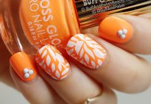 Floss Gloss Orange Neon With Sted Leaves
