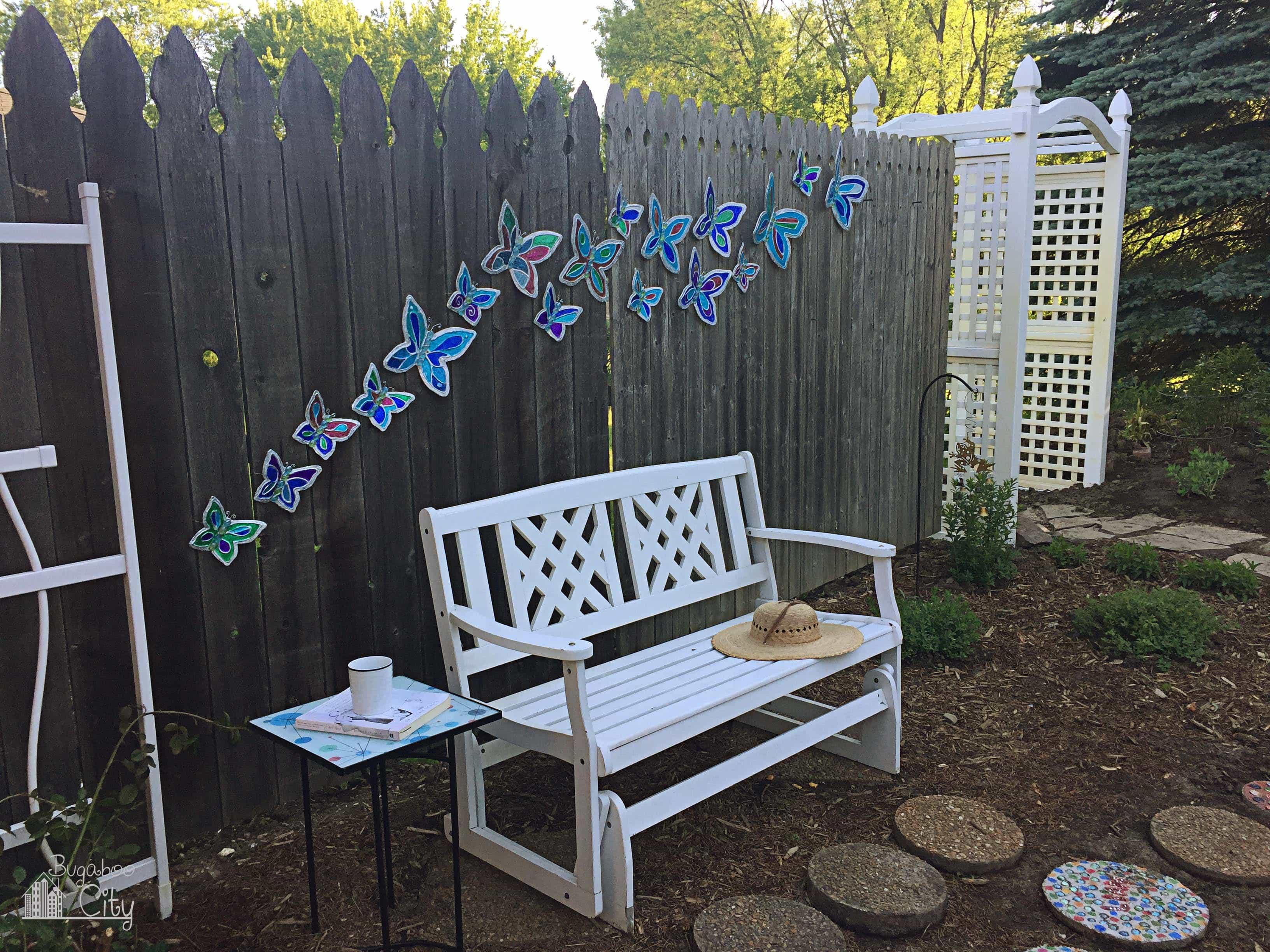 Diy butterfly garden ornament bugaboocity diy butterfly lawn ornament tutorial solutioingenieria Gallery