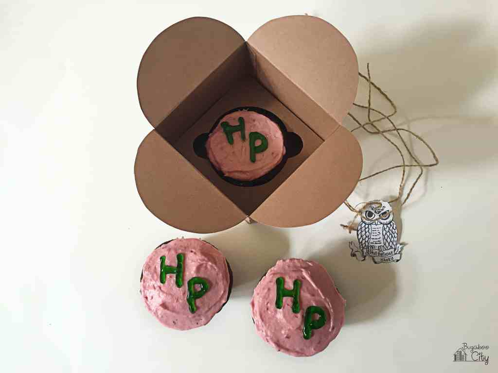 Harry Potter Cupcake Treat Box with free box pattern and owl tag printable!
