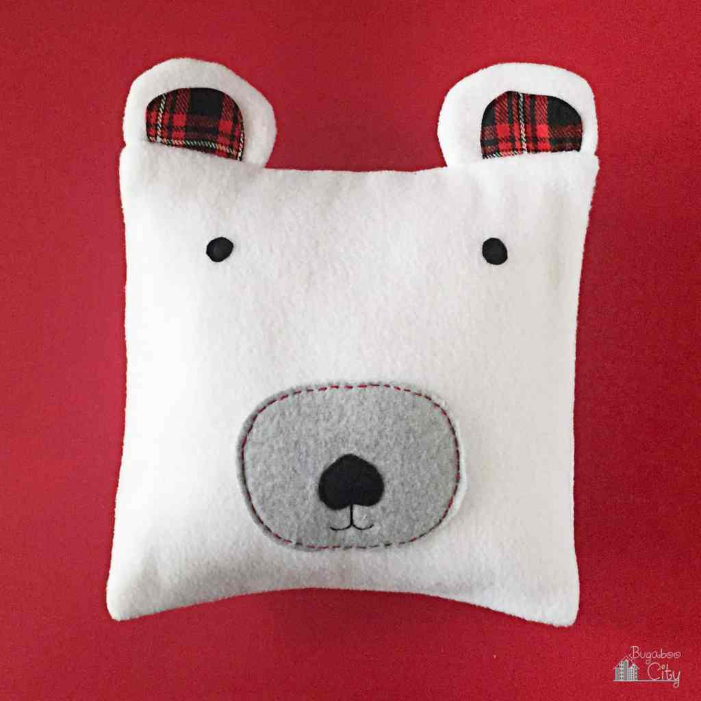 DIY Polar Bear Holiday Pillow 98