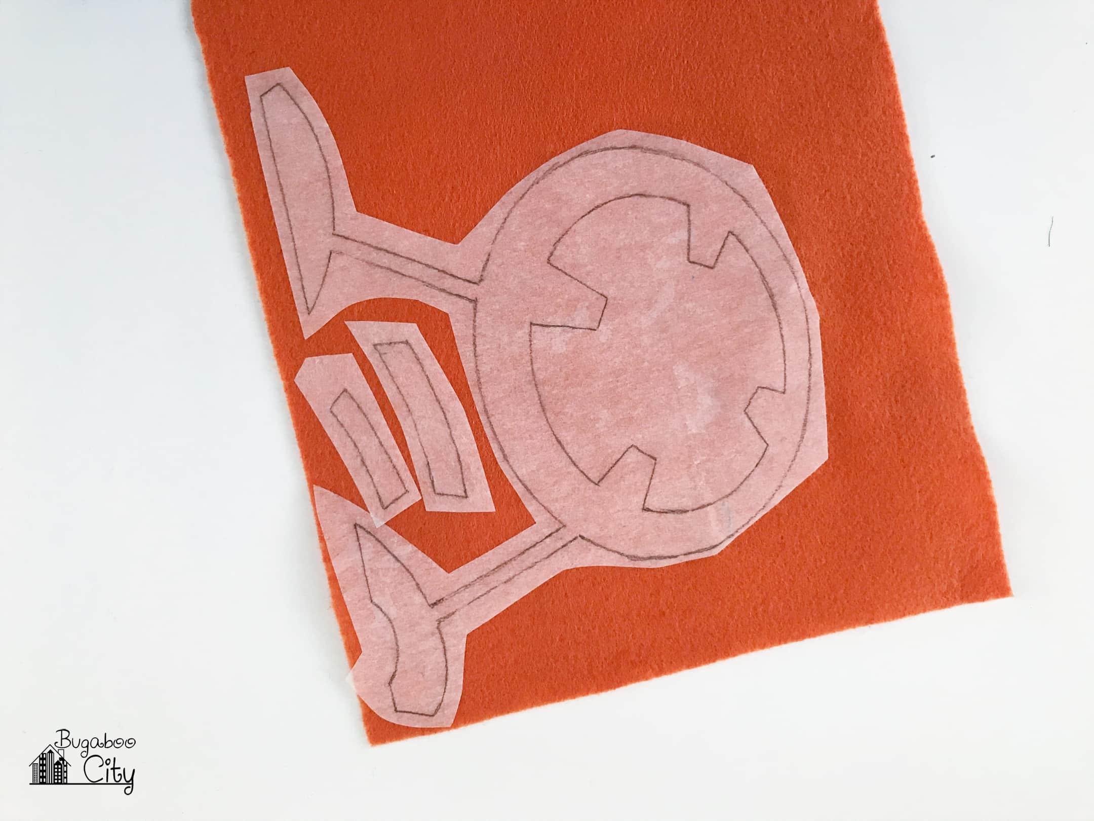 Cut the pieces out of the felt on the pencil line. & DIY Star Wars Pillows - Felt Applique - BugabooCity pillowsntoast.com