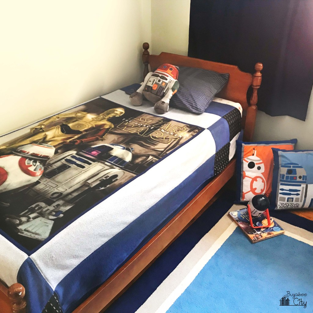 DIY Star Wars Reversible Fleece Quilt with Free Pattern