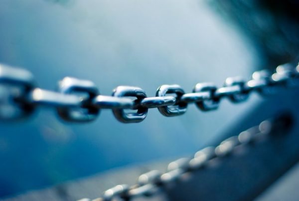 A metal chain to symbolise cybersecurity risks like malware, which locks files and folders
