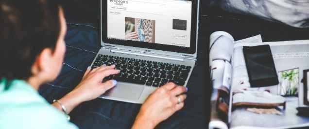 Side Hustles for Moms - Blogging
