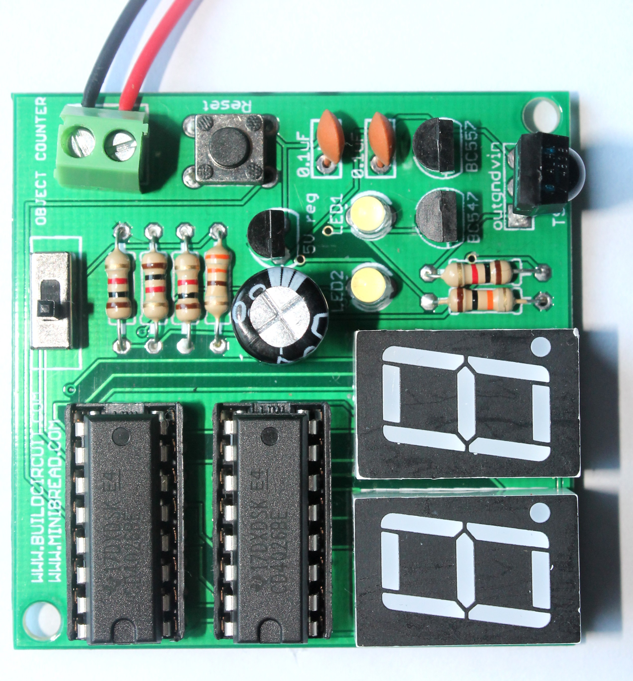 The Electronic Siren Circuit Described Here Can Create Three Different