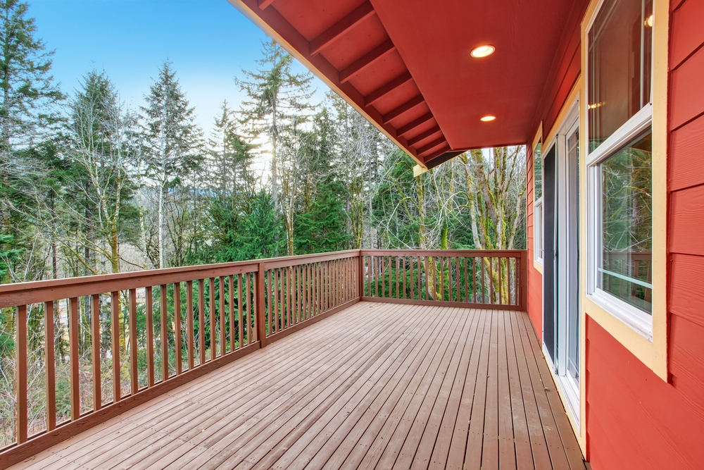 How To Install Deck Railings And Balusters Yourself Learning   Wood Baluster Deck Railing   Temporary   Surface Mount   Pre Built   Side Mounted   Hardwood
