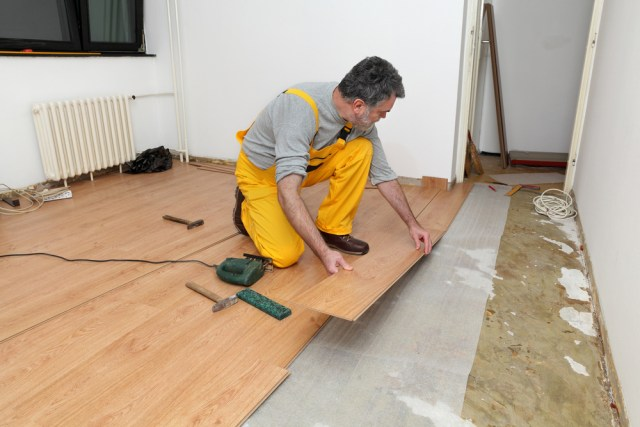 Install Laminate Flooring Around Doors