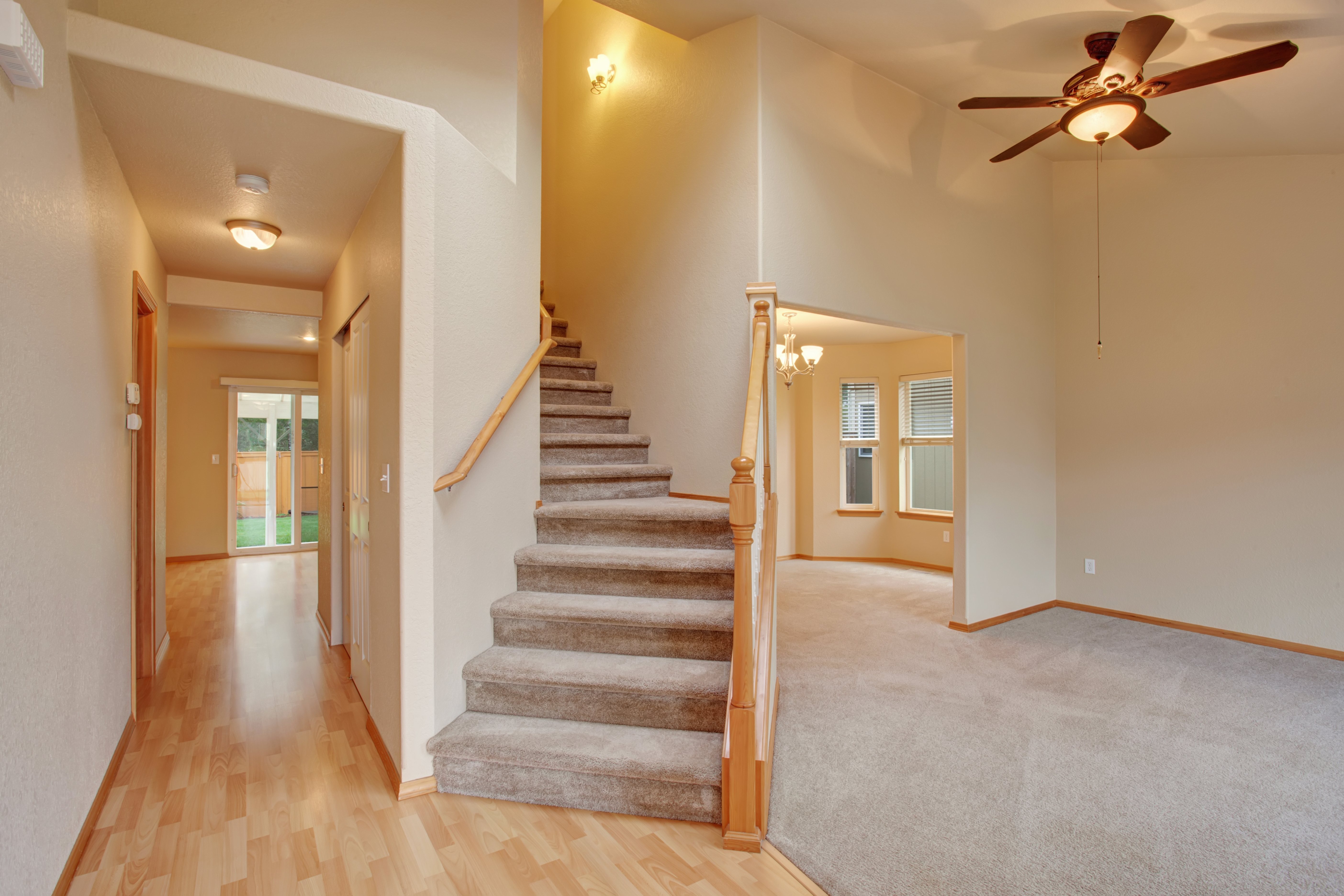 How To Lay Carpet On Stairs And The Landing Builddirectlearning | Running Carpet For Stairs | Stair Tread | Hardwood | Wood | Grey | Stair Runners