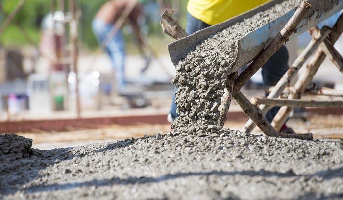 campuran pasir dan semen