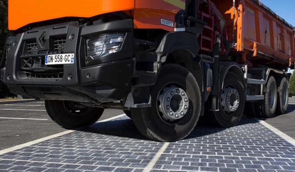 beban-konstruksi-panel-surya-jalan-raya