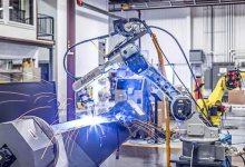 robot pengelasan hasil kerja lebih cepat