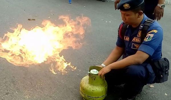 Mengatasi tabung gas bocor