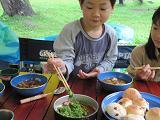 朝食に並んだワラビ