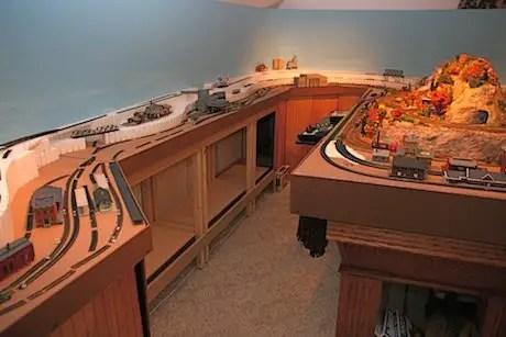 Model Train Benchwork For The BRampS