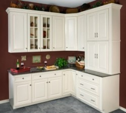 Wolf Classic Cabinets Hudson Antique White maple cabinets made in USA Lancaster Elizabethtown PA