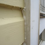 caulk-applied-close-up-outside-corner
