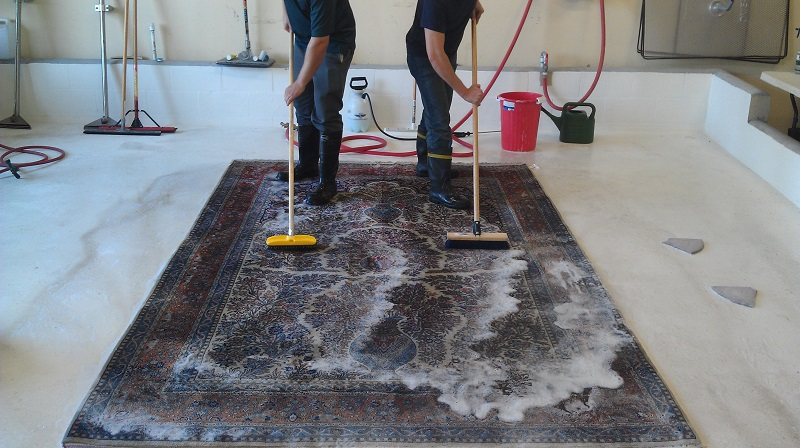 Dos  Donts of Rug Cleaning  What to Know About Pro Rug Cleaning