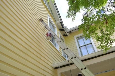 Hanging Half Round Gutters