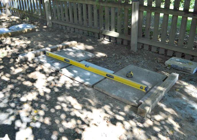 laying out bluestone pavers