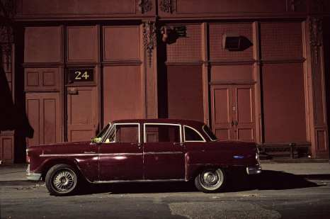 Haskell car, Chevrolet Bel Air, in the Twenties near 6th Avenue, 1975 ©Langdon Clay
