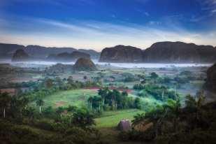 Dawn, Finales, Pinar del Rio ©Julio Larramendi