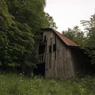 Old Barn ©Jenny Bell
