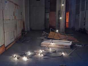 Lynn Saville: String of Lights (date: 2015)