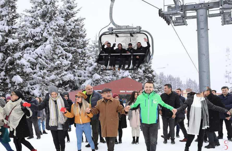 Kabadüz Çambaşı Yaylası'nda kar festivali