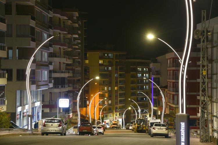Giresun'da caddeler ışıl ışıl oldu!