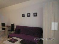 Wnętrze apartamentu fioletowego - widok 8