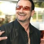 Пол Дейвид Хюсън (Paul David Hewson, роден на 10 май 1960 в Дъблин, Ирландия), с прякор Боно Вокс, е фронтменът на ирландската рок група U2.