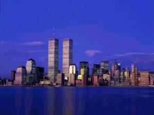 Световният търговски център (World Trade Center) е архитектурен комплекс от 7 сгради на площ от 6,5 хектара (65 декара), като част от него са били забележителните Кули Близнаци в Южен Манхатън, Ню Йорк, САЩ. Комплексът е отворен през 4 април 1973 и е разрушен през 2001, след терористичните атаки от 11 септември.Строителството му започва на 18 януари 1964 г. и приключва през 1966 г., а е открит през 1973 г. Цената на строежа е около 760 млн. долара. Проектиран е от Минору Ямасаки и Емери Рот като най-големият търговски център в света. В основата му са два четириъгълни корпуса близнаци (южен и северен; наречени Кулите близнаци (Twin towers)), високи по 411 м. Подобна е архитектурата само на Кулите Петронас в Малайзия. Всяка от двете кули имаше по 110 етажа и общо 104 асансьора. В небостъргачите се намираха офисите на 430 корпорации и транснационални компании, в които работеха над 50,000 души.