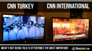 В разгара на протестите CNN Тurк излъчва шоу. Фото: http://intellihub.com